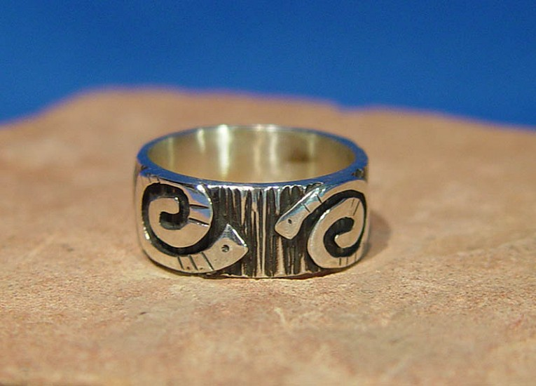 08 - Jewelry-New, Navajo Ring by Kee Yazzie Jr., Ring size 10 2009