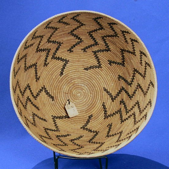 "02 - Indian Baskets, Antique Mono Basketry: c. 1910-1925 Bowl, Lightning Motif, by Mollie Chepo (Northfork Rancherio, Western Mono/Monache) (4 5/8"" ht x 10 1/4"" w) 1910-1925, Sedge root, brackenfern root"