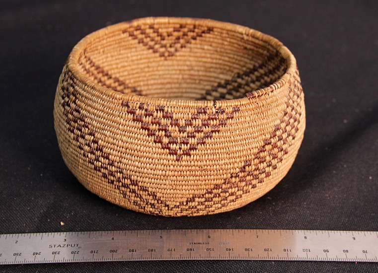 "02 - Indian Baskets, Fine Antique Maidu Basketry: c. 1920s Bowl, Chevron Motifs, with Redbud (5 3/4"" d x 3 1/8"" ht) c. 1920s"
