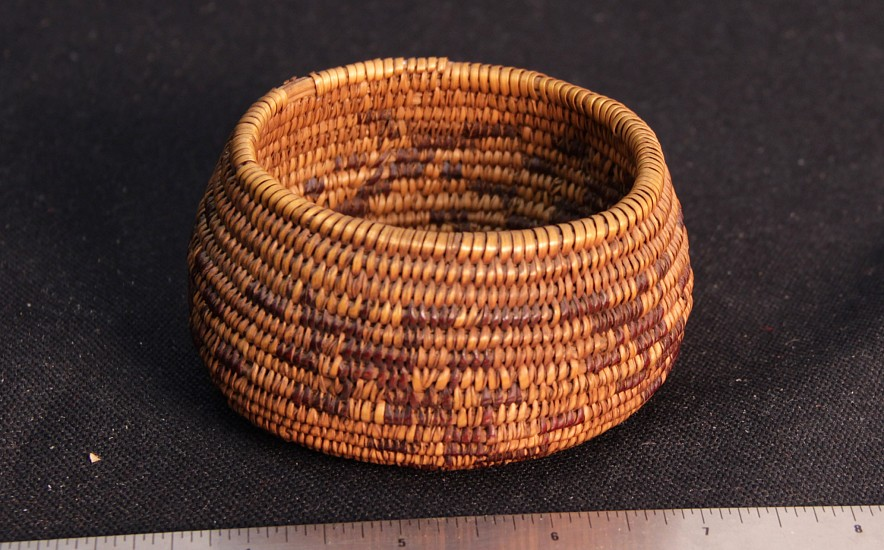 "02 - Indian Baskets, Rare Antique Maidu Basket: c. 1910 Miniature, Centipede Motif in Redbud (2"" ht x 3 1/2"" d) c. 1910"