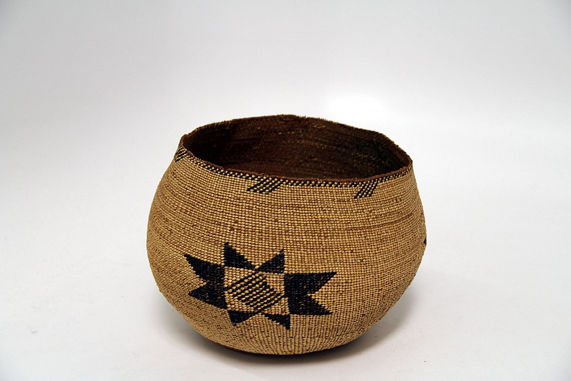 "02 - Indian Baskets, Large Antique Hupa Basketry: c. 1915 Bowl, Large Stars Motif (6""ht x 9""d) c. 1915"
