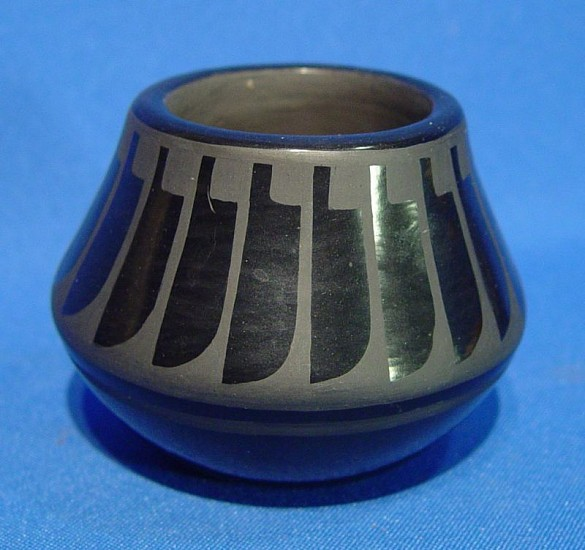 "03 - Pueblo Pottery, San Ildefonso Pottery: 1966 Blackware by Blue Corn, Feather Motif (2 3/4"" ht x 3 1/8"" d) 1966, Hand coiled clay pottery"