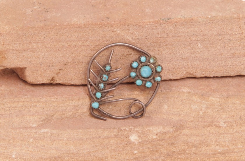 "07 - Jewelry-Old, Pin: Round Form, Flower Motif, Missing Pin Stick (1.25"" d) c. 1970, Sterling Silver and Turquoise"